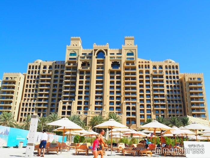 ドバイのパーム・ジュメイラにある5つ星ホテル「Fairmont the Palm(フェアモント・ザ・パーム)」(C)モデルプレス