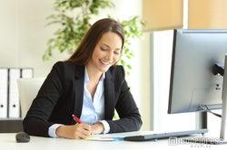 退職届と退職願、どちらを提出する?それぞれの意味と書き方の違い