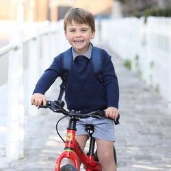 ルイ王子が3歳に! キャサリン妃撮影の最新ポートレイトが公開。