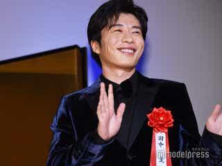 田中圭と「おっさんずラブ」スタッフに黄色い歓声 OL民の熱がすごかった<エランドール賞>
