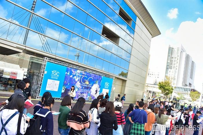 「takagi presents TGC KITAKYUSHU 2016 by TOKYO GIRLS COLLECTION」(福岡県北九州市・西日本総合展示場新館) 会場の様子 (C)モデルプレス