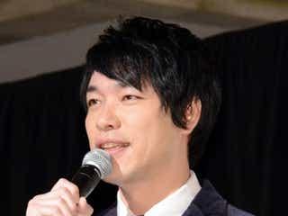 麒麟・川島明、結婚を発表 「声も腰も低く低く…」決意新たに<コメント全文>