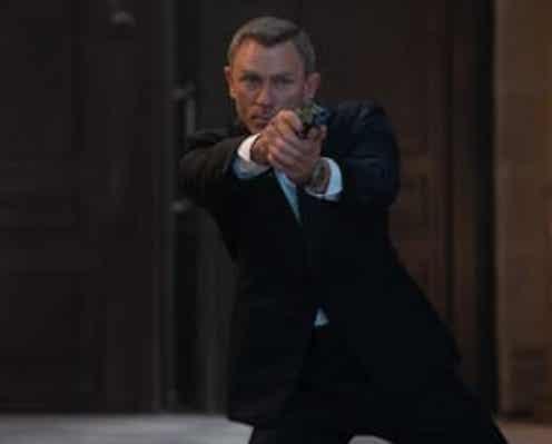 """""""ダニエル・ボンド""""シリーズの軌跡と最新作の名シーンが 詰め込まれた『007/ノー・タイム・トゥ・ダイ』特別映像、解禁!"""
