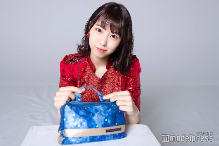 熊崎晴香のメイクポーチ公開! (C)モデルプレス