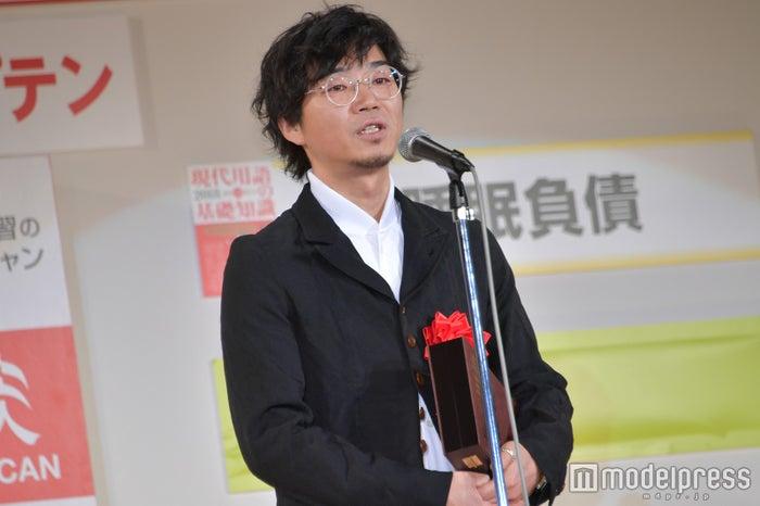 「忖度」で受賞/「忖度まんじゅう」を企画販売した稲本ミノル氏 (C)モデルプレス