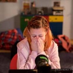"""""""12歳女子""""がSNSで友達募集したらどうなった? 世界震撼の問題作が公開"""