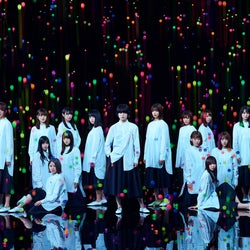 欅坂46×けやき坂46、初コラボで「アンビバレント」披露に反響<ベストヒット歌謡祭2018>