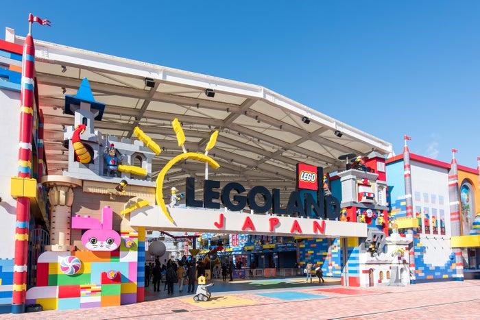 「レゴランドジャパン」メインゲート/画像提供:LEGOLAND Japan