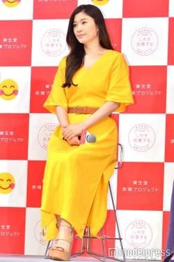 篠原涼子(C)モデルプレス