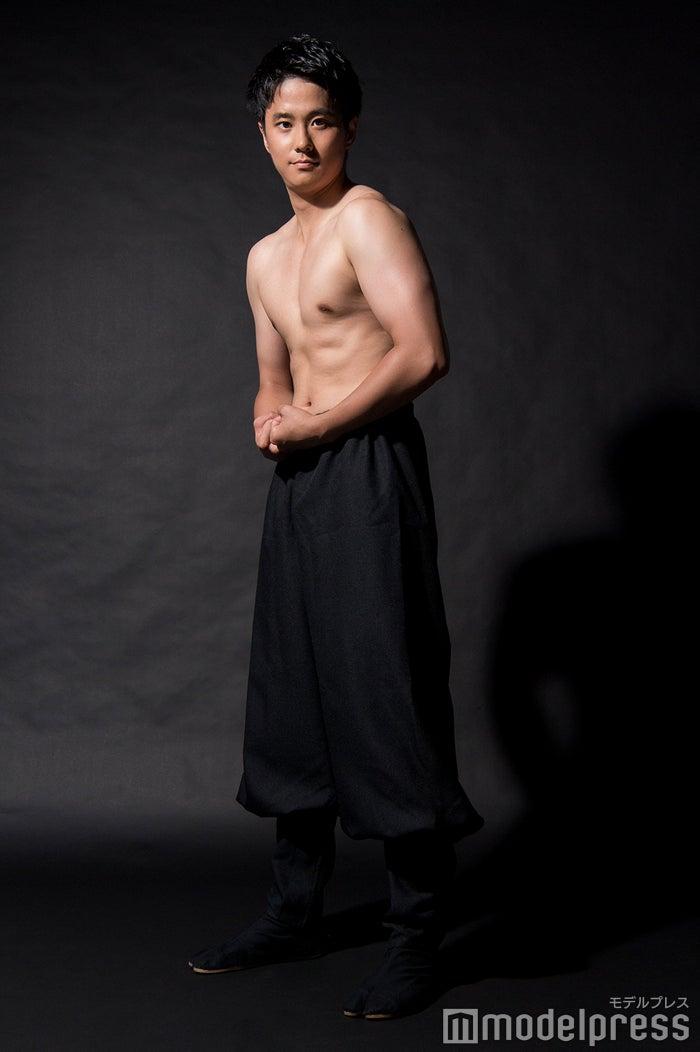 黒瀬翔生アナウンサー(C)モデルプレス