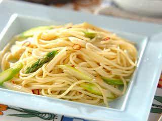 シンプルで簡単に作れちゃう、やみつきパスタ「タケノコのペペロンチーノ」レシピ