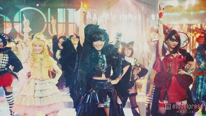 特殊メイクでダンス/AKB48「ハロウィン・ナイト」MVより
