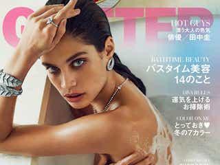 """""""セクシーすぎるモデル""""サラ・サンパイオ、入浴ショットで美ボディあらわ 食生活&ファッションを公開"""