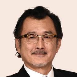 俳優・吉田鋼太郎さんに女児誕生 62歳「大きな歓びと責任」