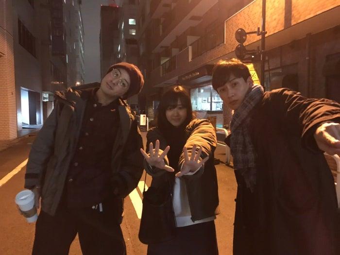 「渡部秀 アクターズ・レイディオ」(左から)渡部秀、山本ひかる、石井一彰(提供写真)