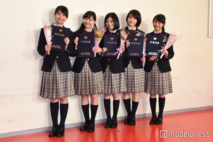 (左から)泉川実穂、末永真唯、田中珠里、長尾真実、山木コハル(C)モデルプレス