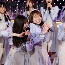 乃木坂46バスラ前夜祭、秋元真夏が語ったファンへの想い<「きっかけ」など3曲セットリスト>