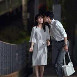 有村架純、町田啓太/「中学聖日記」第2話より(C)TBS