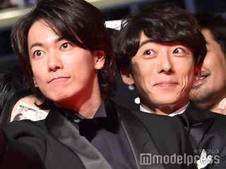 高橋一生、佐藤健をバックハグ 初共演で互いを絶賛「そんなこと健くんに言ってもらえるなんて…」<億男>