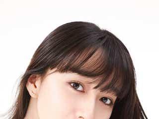Cocomi、透明感あふれる美肌を披露 「ディオール スノー」新ビジュアル公開