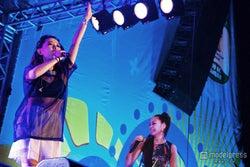 中島美嘉×加藤ミリヤ、ブラジルでW杯応援ソングを興奮のパフォーマンス