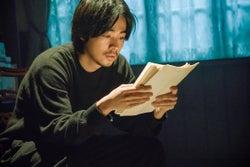 成田凌、黒木華&野村周平と三角関係に 「ビブリア古書堂の事件手帖」新キャスト発表