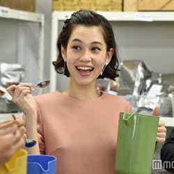 水原希子「家族ノカタチ」第3話場面カット/画像提供:TBS