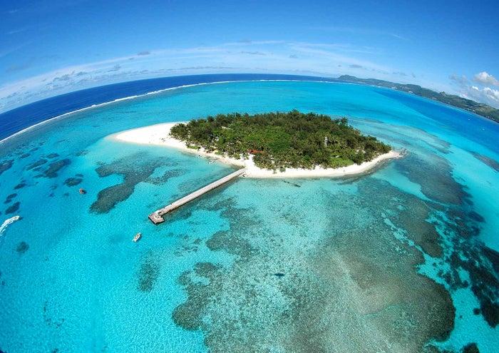 マリンアクティビティのメッカ、マニャガハ島(C)Tasi Tours