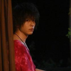 中村倫也演じるゴンが本気モード!凪と慎二の結婚の行方は…『凪のお暇』第9話