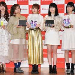 (左から)かれん、MAYU、芹奈、manaka、アサヒ (C)モデルプレス
