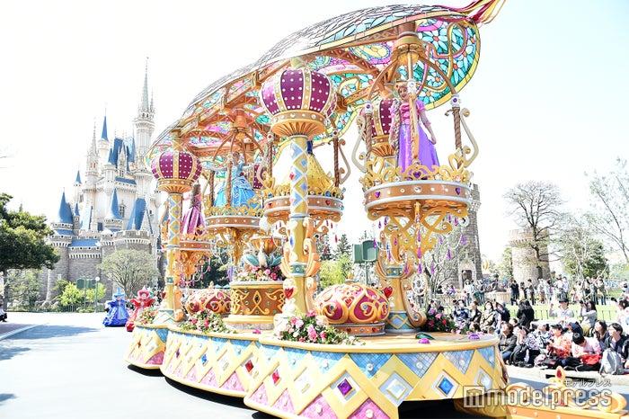 オーロラ、シンデレラ、白雪姫、ラプンツェル/パレード「ドリーミング・アップ!」(C)モデルプレス(C)Disney