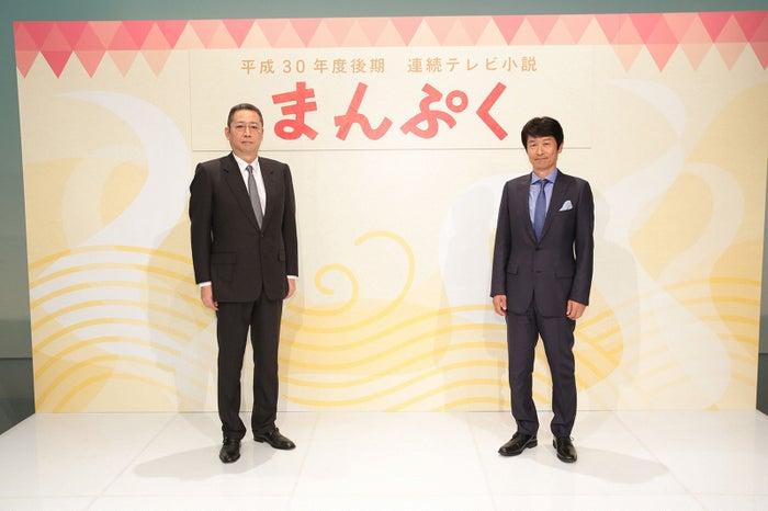 真鍋斎氏、福田靖氏/NHK大阪放送局で行われた会見にて(C)NHK