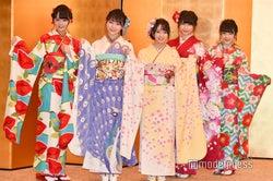 STU48(左から)福田朱里、土路生優里、石田みなみ、藤原あずさ、由良朱合 /AKB48グループ成人式記念撮影会 (C)モデルプレス