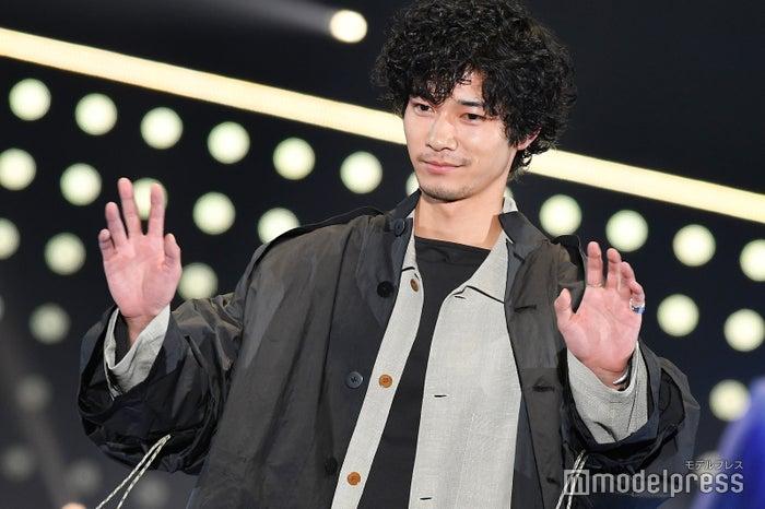 柴田照男役