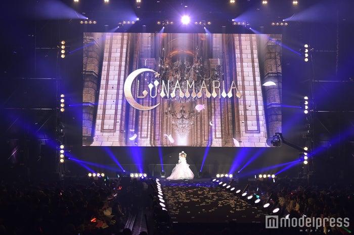 「エルセルモ広島 SPECIAL WEDDING STAGE」の様子(C)モデルプレス