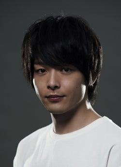 KAT-TUN上田竜也、中村倫也とバディ結成 主演ドラマ「新宿セブン」追加キャスト発表