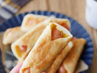餃子の皮で簡単おやつ。カレーポテトのウインナー巻き
