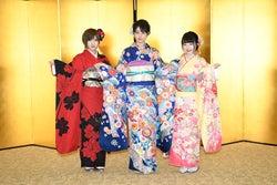 STU48(兼任含む 左から)岡田奈々、瀧野由美子、森香穂(C)AKS