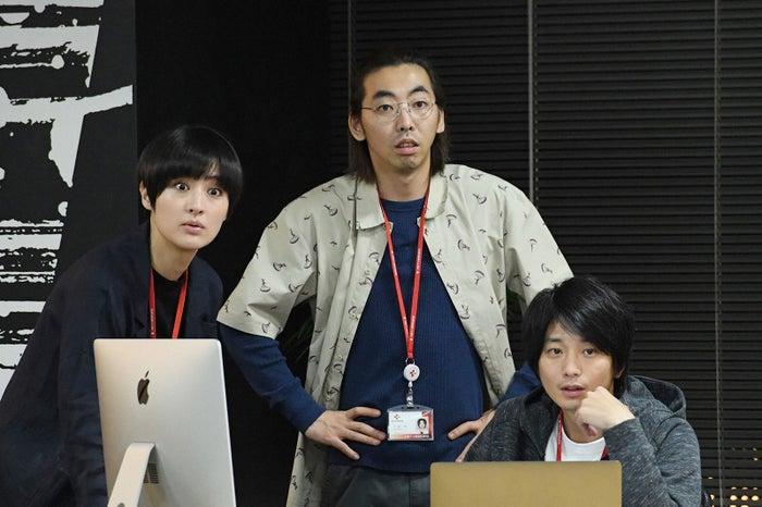 シシド・カフカ、柄本時生、向井理/「わたし、定時で帰ります。」最終話より(C)TBS