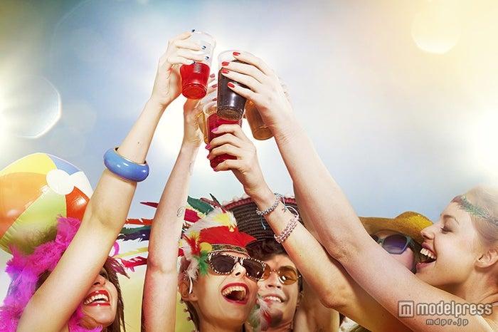 知らなきゃヤバイ!フェスイベントを誰よりも楽しむ方法(Photo by Paper Boat Creative/gettyimages)【モデルプレス】