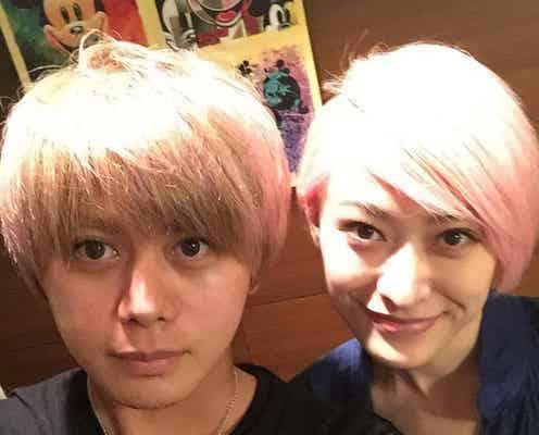 ピンク髪の山田優、弟・親太朗との2ショットが「そっくり」「美男美女」と話題に