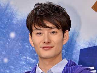 岡田将生が「1番はっちゃけていた」 共演者からの暴露に照れ笑い