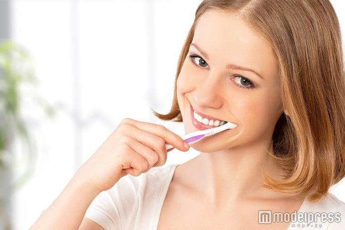 歯ブラシ+マウスウォッシュが理想(Photo by evgenyatamanenko)
