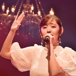 鈴木愛理、生歌唱で美声響かす「別の人の彼女になったよ」カバーも披露<神戸コレクション ザ ニューリアリティー>