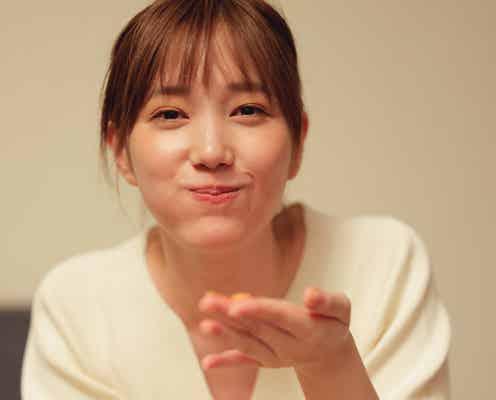 本田翼、エプロン姿・ほろ酔い顔…デート気分のフォトストーリー収録 初プロデュースの新刊発表