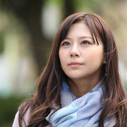 あすか(西内まりや)、名波(山村隆太)と突然の別れ…神谷(山崎育三郎)と結婚へ? 月9「突然ですが、明日結婚します」<第8話あらすじ>