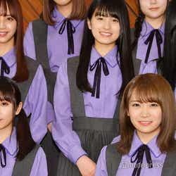 (下段左から)与田祐希、秋元真夏(中段左から)佐藤楓、大園桃子、寺田蘭世 (C)モデルプレス