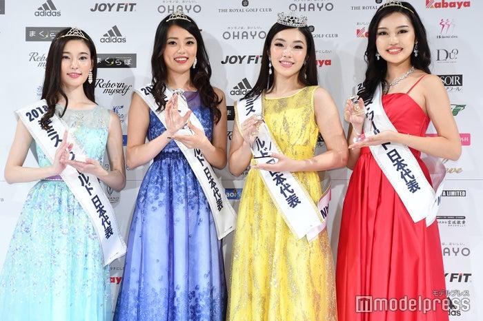 (左から)本荘せいら、高橋紫微、伊達佳内子、野間恵理佳 (C)モデルプレス