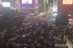 人があふれかえるハロウィンの渋谷 (C)モデルプレス