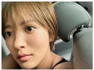 夏菜、金髪ショート&日焼け姿が好評 「銀魂2」くノ一猿飛あやめ役でも話題